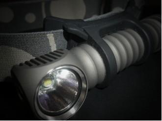 Налобные светодиодные фонари (118)